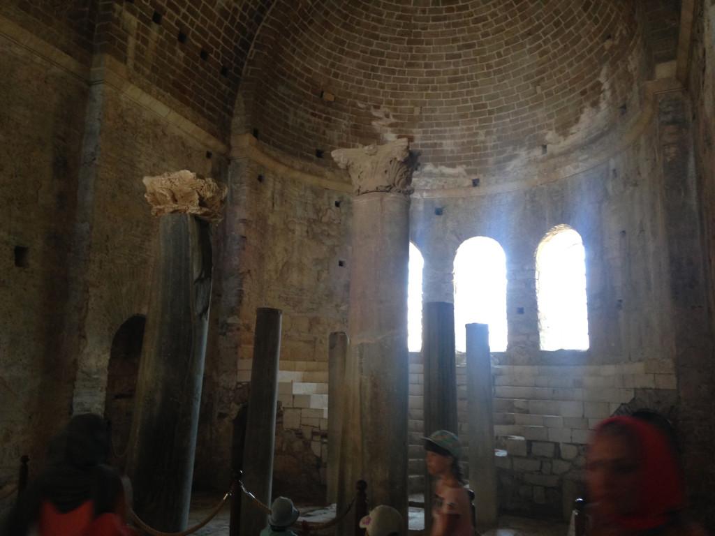 Храм в Демре